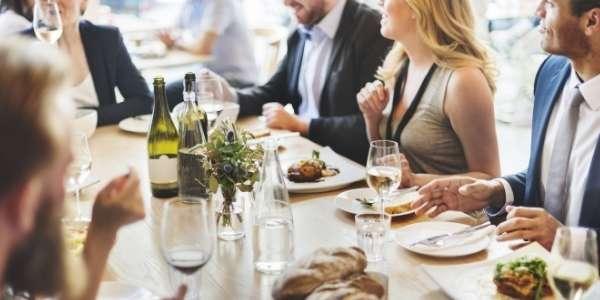 catering-auf-veranstaltung-essen