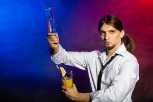 cocktailmixer-Show-bartender