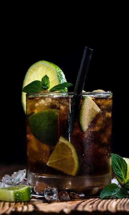 cuba-libre-cocktail