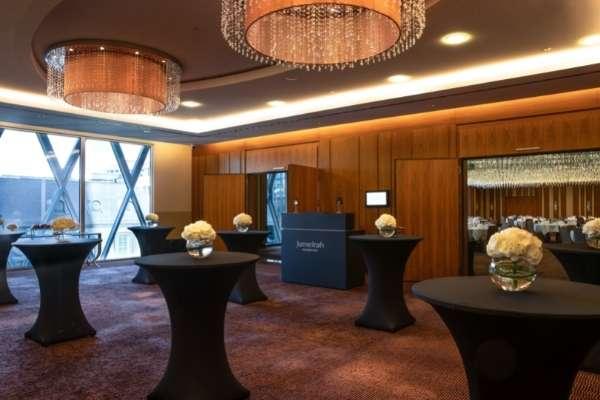 jumeirah-frankfurt-ballroom-2-weihnachtsfeier
